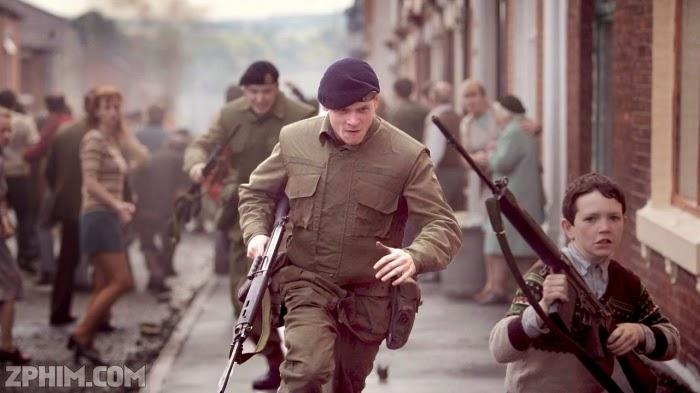 Ảnh trong phim Chiến Tuyến 71 - 71 2
