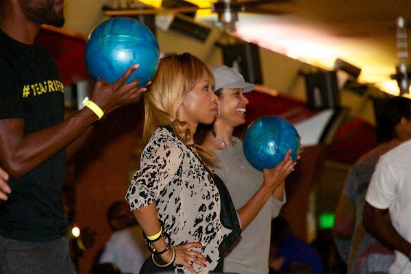 KiKi Shepards 9th Celebrity Bowling Challenge (2012) - IMG_8549.jpg