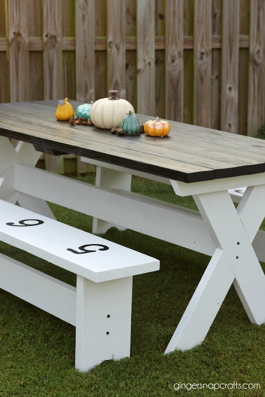 gingersnapcrafts.com table