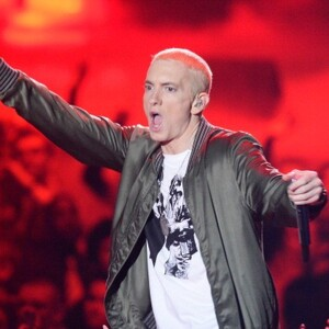 How Much Money Does Eminem Make? Latest Net Worth Income Salary