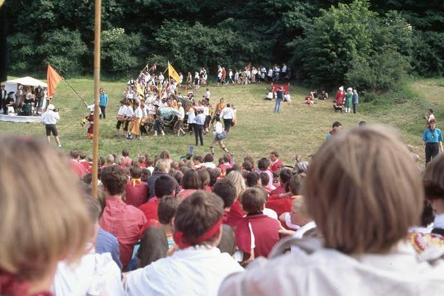 1985-1994 - 418-.jpg