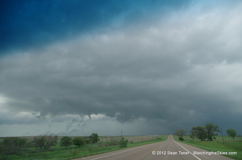 04-14-12 Oklahoma & Kansas Storm Chase - High Risk - IMGP0394.JPG