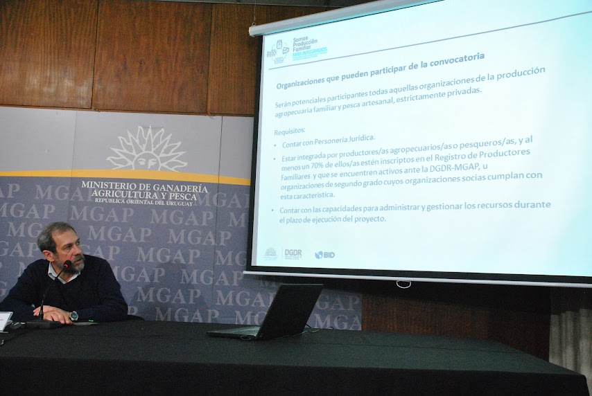 El Director de Desarrollo Rural del MGAP Jose Olacuaga en la presentacion. Foto Sergio SILVA.