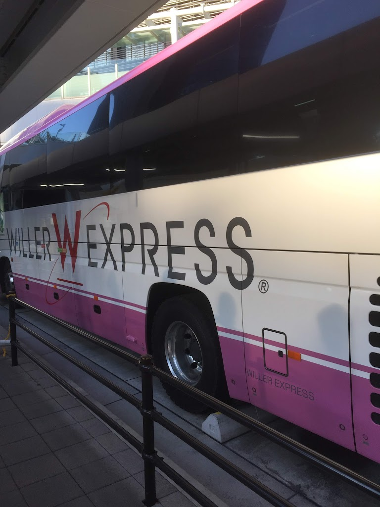 WILLERのシャトルバス