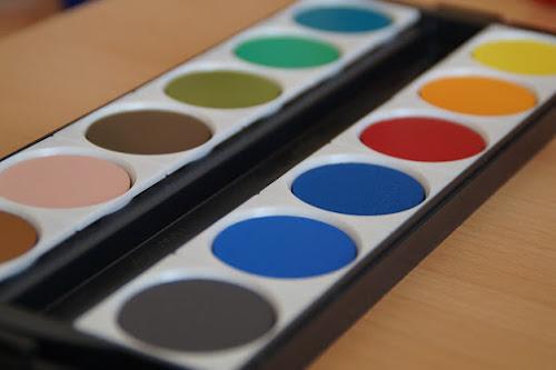 Student grade paints