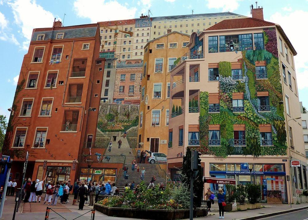Kota Lyon di Perancis menarik banget kan! (dok. Amusing Planet)