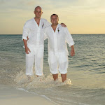 Gay Wedding Gallery - 309261_4076463423580_1084856300_n.jpg