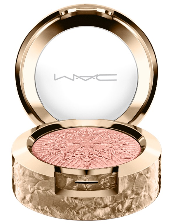 [MAC_Snowball_EyeShadow_ItsSnowing_white_300dpi_1%5B9%5D]