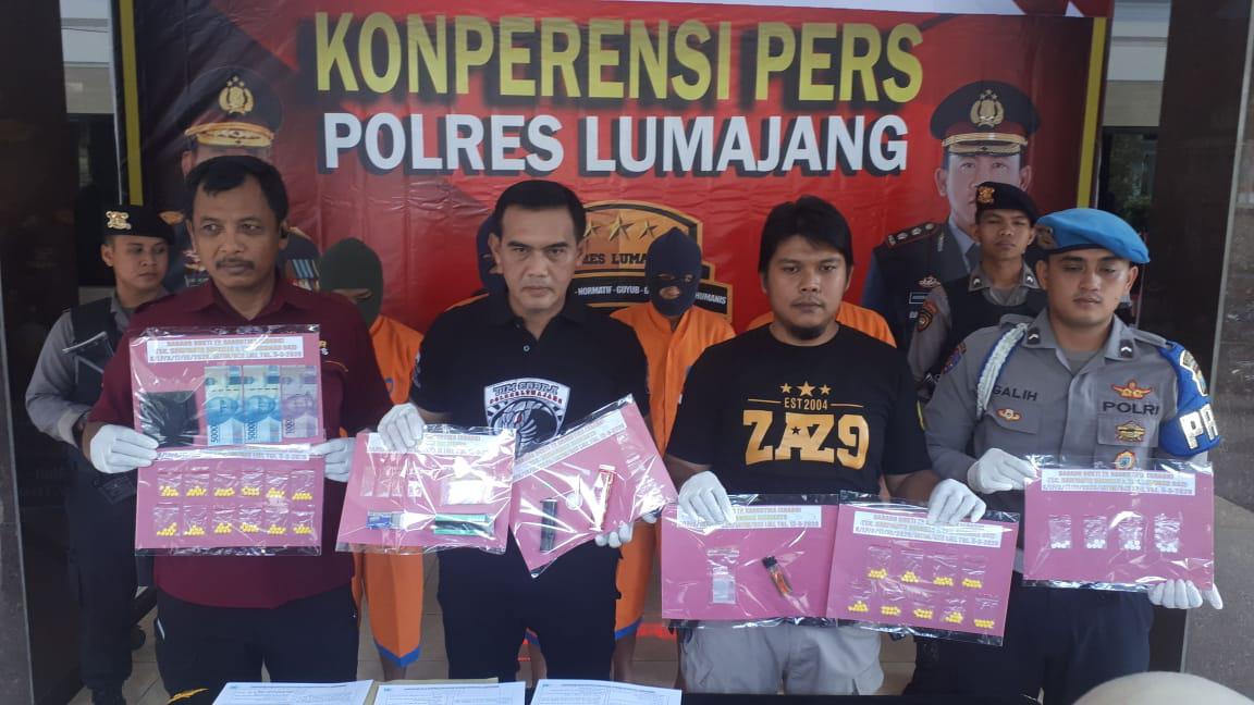 Polres Lumajang Ungkap Narkotika dan Okerbaya
