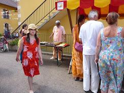 Sadhu Maharaja preparing puris for lunch prasadam