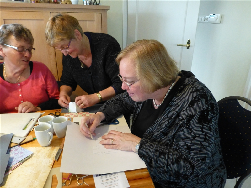 Knutsel middag VOC dames 2013 - P1010656.jpg