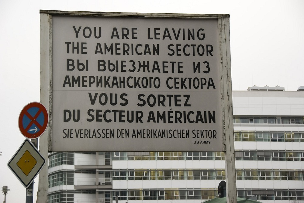 checkpoint-charlie-4