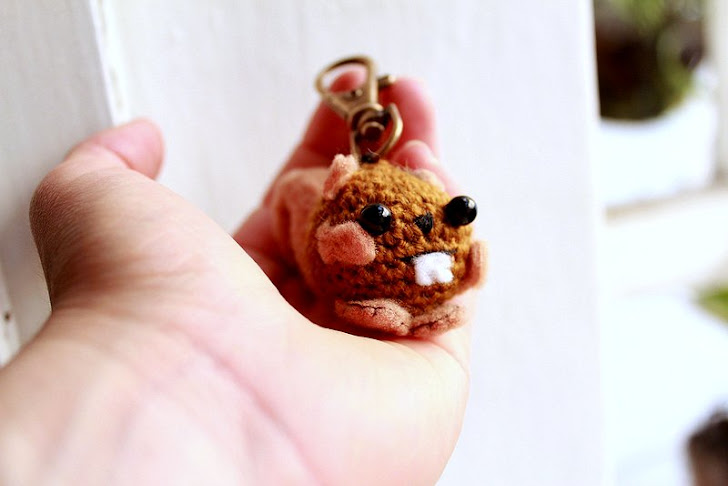 amigurumi squirrel keychain, companion of squirrel girl