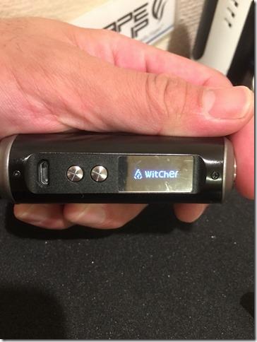 IMG 8724 thumb - 【見た目重視!ステルス系フルメタルMOD】「Rofvape Witcher Box Mod 75W TC(ロフベイプ・ウィッチャー)」【レビュー】~これじゃなきゃダメなの(*'∀'*)?編~