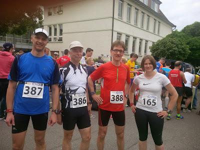 Vor dem Start in Linsenhofen (Jörg, Werner, Andreas und Meike, v.l.)