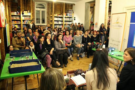 Lansare de carte SANDWORK expresiv cu: Eva PATTIS ZOJA - Libraria Carturesti - Bucuresti