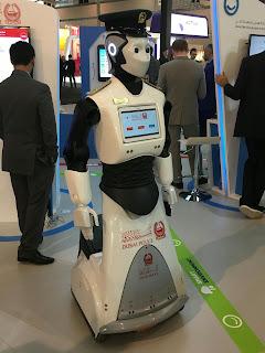 Dubai robot police