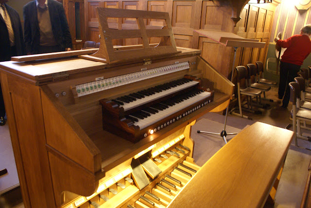 Overdracht Adema-orgel 11.02.2011 - DSC06110.JPG