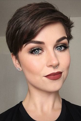 Flattering Short Haircuts For Oval Faces 2018 Fashionre