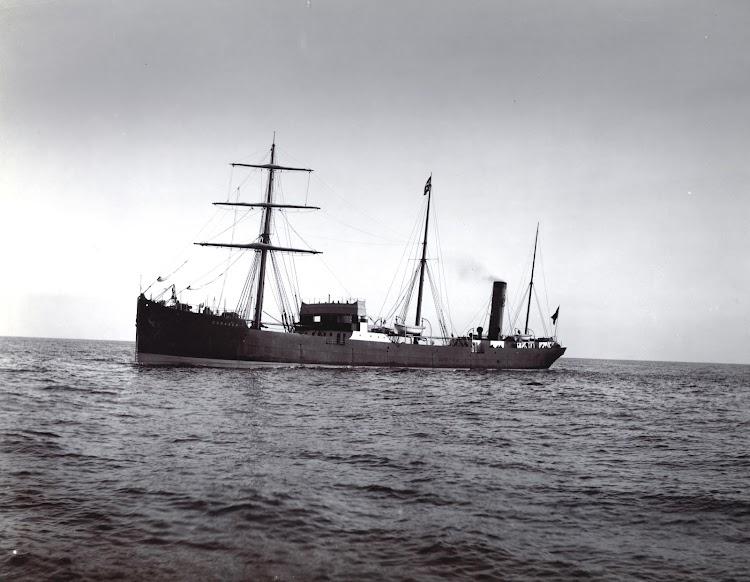 Vapor CADAGUA en pruebas de mar. Foto del TYNE & WEAR ARCHIVES AND MUSEUM.jpg