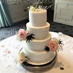 Love wedding cake 4.JPG