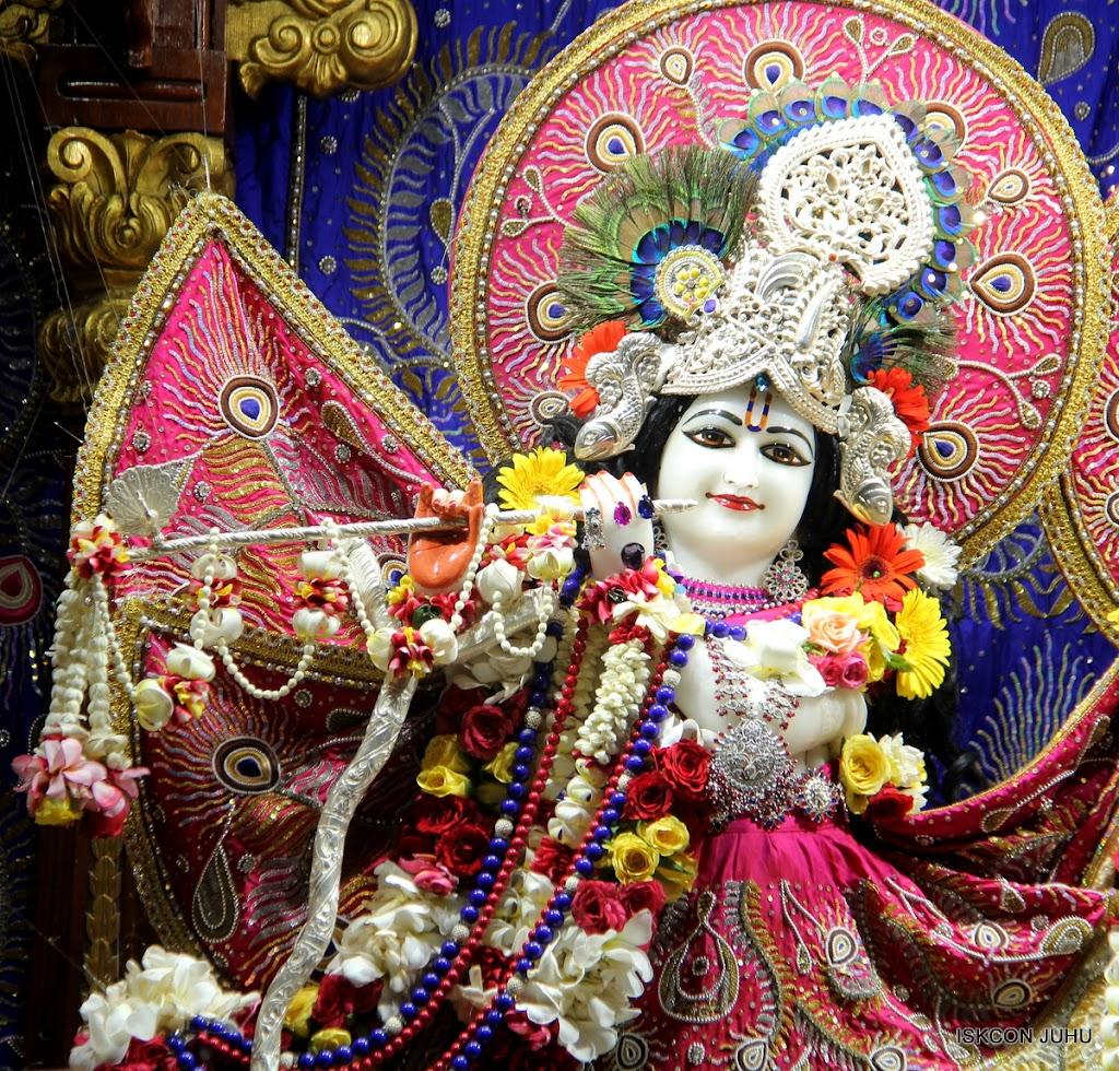 ISKCON Juhu Sringar Deity Darshan on 27th April 2016 (6)