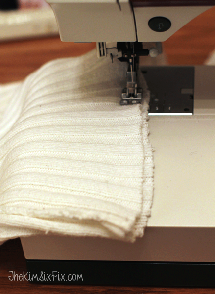 Sewing closed sweater pillow