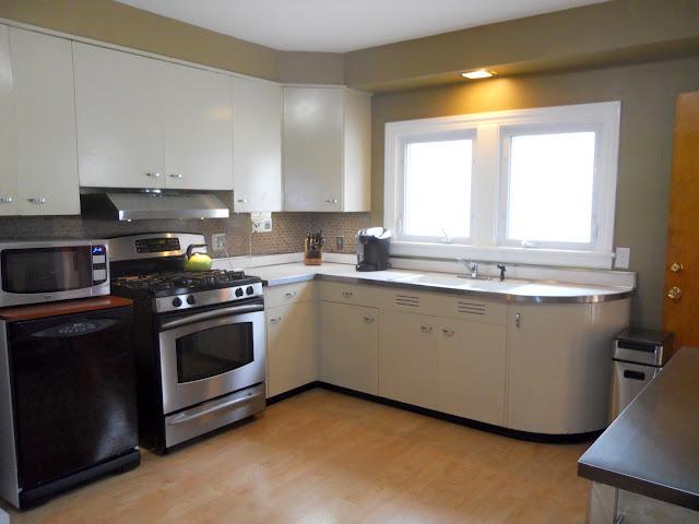 1168 S Taylor kitchen