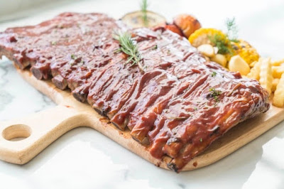costelinha de porco com molho barbecue barata e saudável