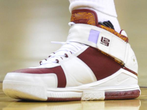 Every Nike LeBron 13 That King James Wore This Season Part 1