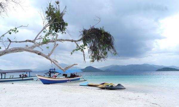 Pantai Pahawang Tempat Wisata Indah Membuat Pengunjung Terhipnotis
