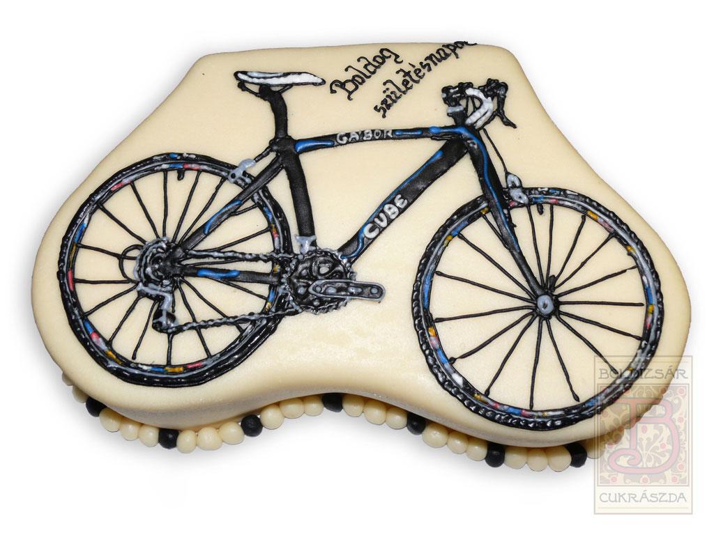 biciklis torta képek Boldizsár Cukrászda Cukorrajzos torták   Boldizsár Cukrászda, Eger biciklis torta képek