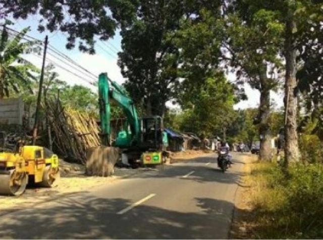 Proyek Jalan Rusak Pipa Hippam, 500 KK Kesulitan Peroleh Air Bersih