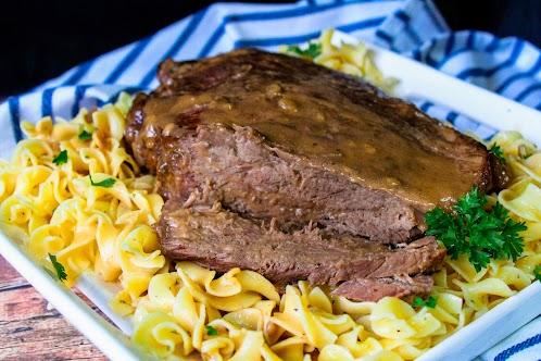 Crock Pot Roast With Gravy