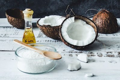 virgin coconut oil-uses, health and beauty benefits in hindi