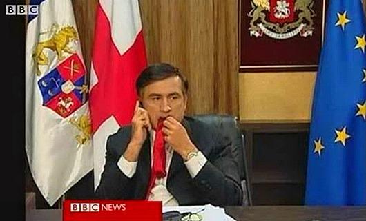 Саакашвили_эпизод_с_галстуком