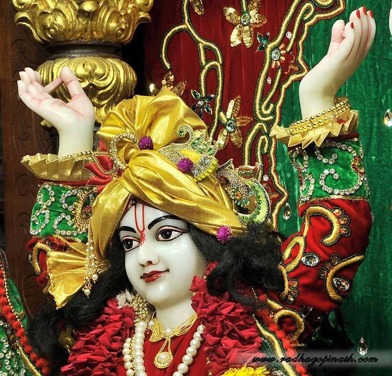 ISKCON Chowpatty Deity Darshan 19 Dec 2015 (20)