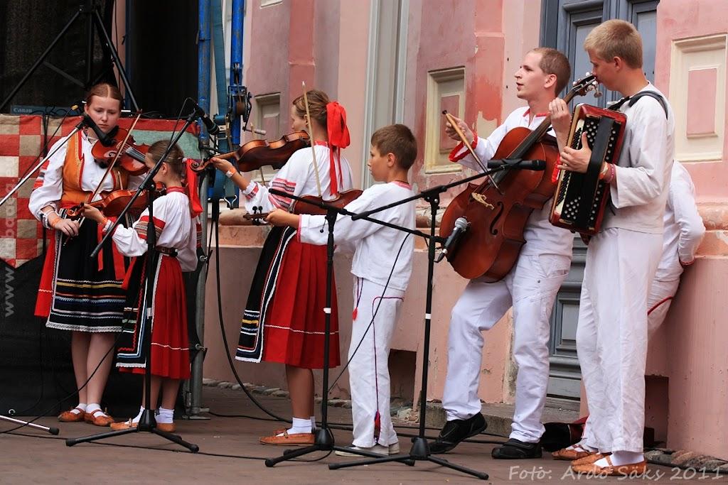 24.07.11 Tartu Hansalaat ja EUROPEADE 2011 rongkäik - AS24JUL11HL-EUROPEADE063S.jpg