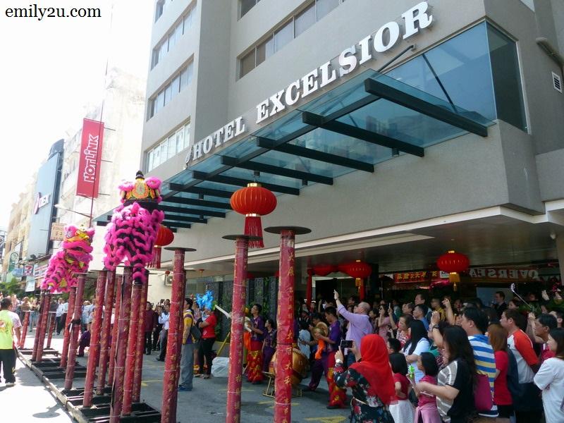 Excelsior casino danny jones casino rocher praline noir