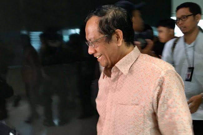 Sebut tak Ada Pelanggaran HAM di Era Jokowi, Mahfud MD Dinilai Berbohong dan Menjilat Penguasa