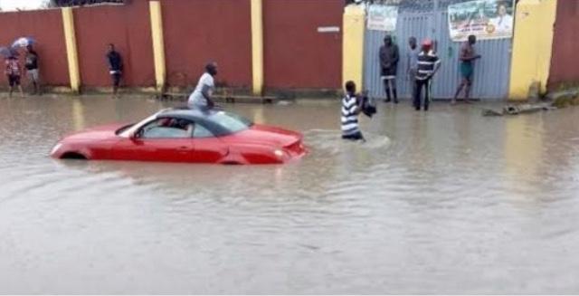 Lekki Estate Lagos Flooded
