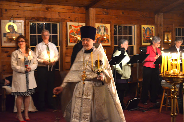 Fr. John censes the Church and faithful during the Paschal Canon.