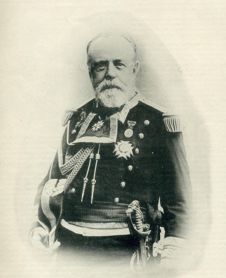 20- D. Pascual Cervera Topete, Inspector en la construcción y primer comandante del buque. De la revista El Mundo Naval Ilustrado. Año 1898.JPG