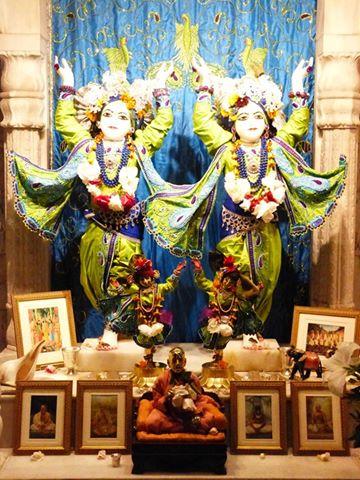 ISKCON New Govardhan Deity Darshan 01 Mar 2016 (33)