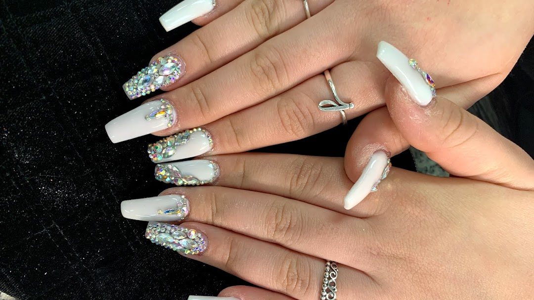 Nails By Helen - Nail Salon in Houston