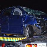 74-jarige man slaat met auto over de kop op Zuidwending - Foto's Teunis Streunding