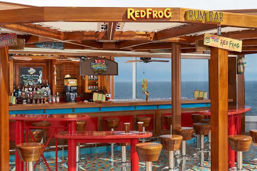 carnival-panorama-Red-Frog-Rum-Bar.jpg - Carnival Panorama's RedFrog Rum Bar offers your favorite rum drinks as well as Carnival's private-label draft beer.