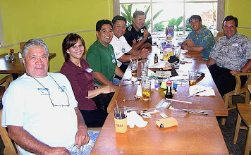 Photo: UKU@la, Ronnie, Garret, Glenn, HAWNSTLN, Paul, and Rich2176 (Cliff taking photo) The founding of the Lo-Cal Tsai-ko Chapter. Ronnie is later named President. King's Bakery & Restaurant - Torrance, CA 8/29/2007