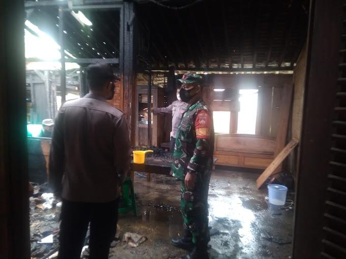 Ditinggal Kesawah, Rumah Petani Di Cilongok Ludes Terbakar