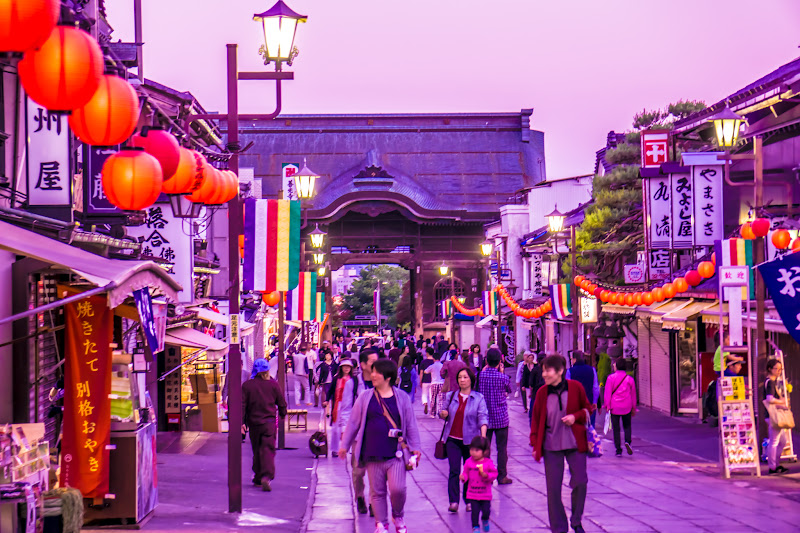 Zenkoji temple shopping street photo